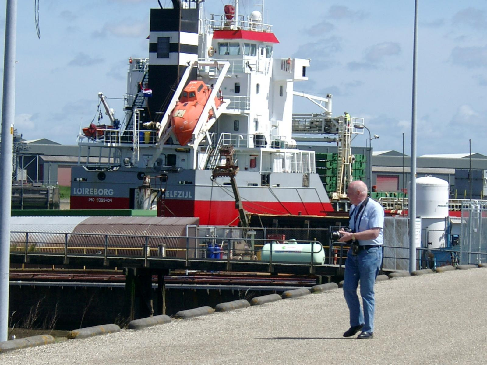 Click image for larger version  Name:NL 020613 Delfzijl spotter.jpg Views:323 Size:235.3 KB ID:1320