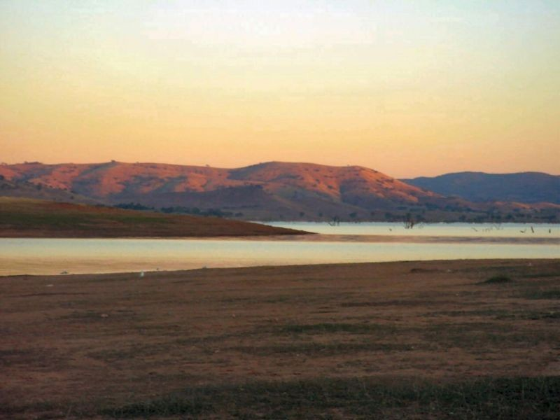 Lake Hume at sunset.