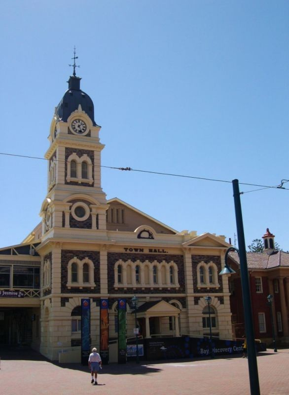 Colonial town Hall