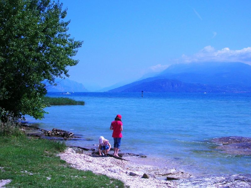 Children on the lake-shore